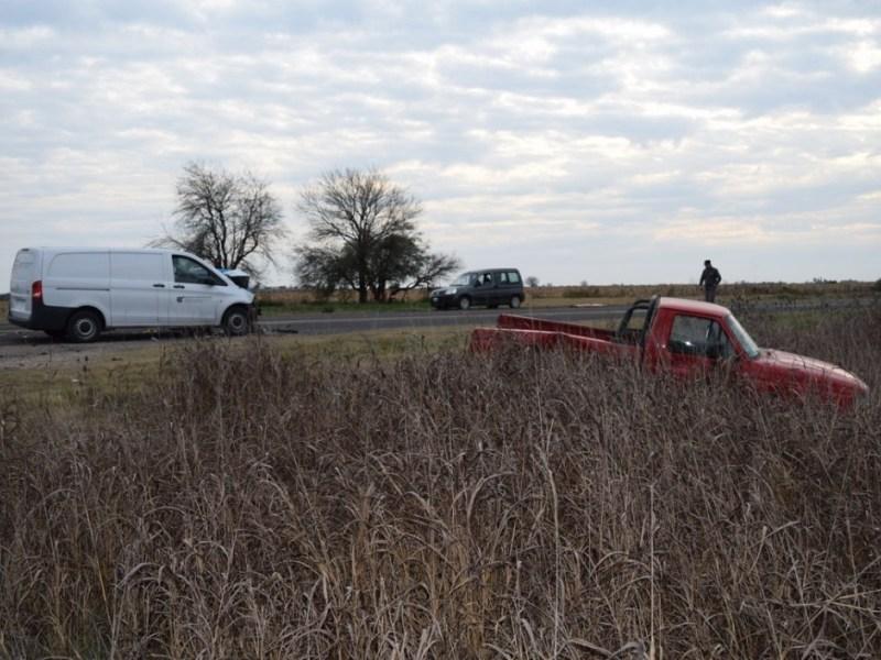 Un vehículo del Servicio Penitenciario chocó a una camioneta cerca de Viale