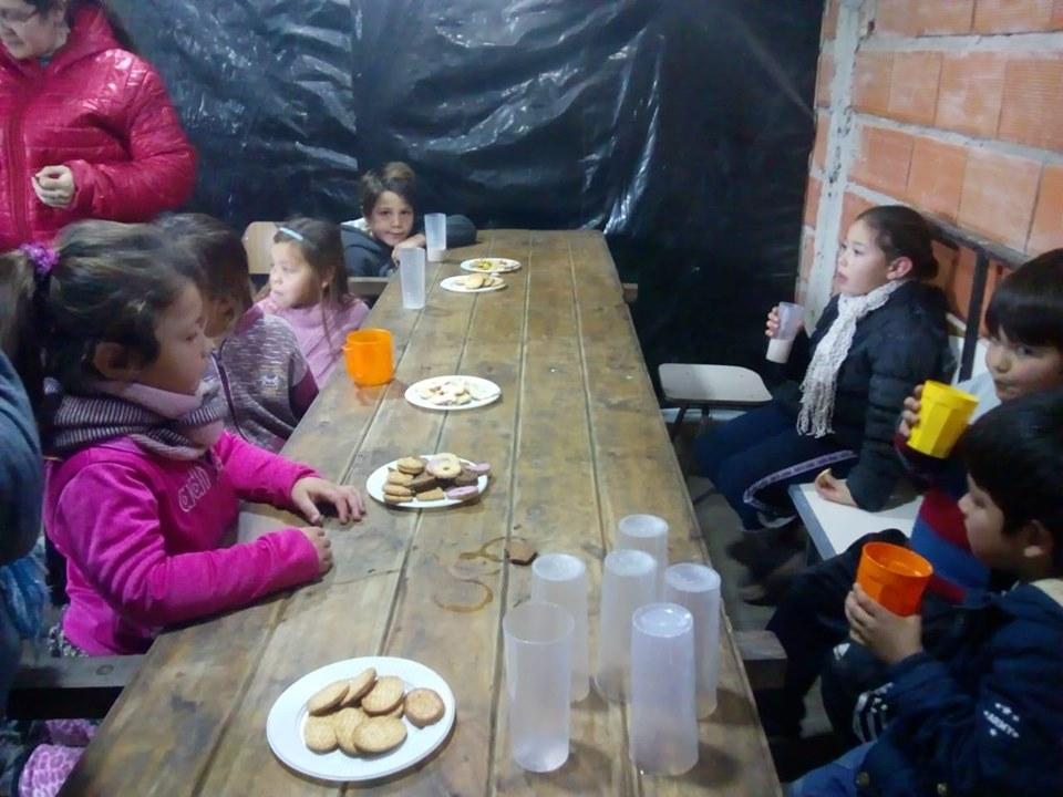 María Grande: Al merendero que funciona en Barrio Castaldo asisten a más de 50 chicos todas las semanas