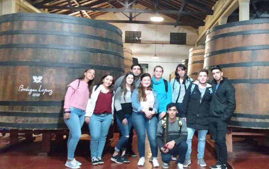 Alumnos de turismo UADER realizaron viaje a Mendoza