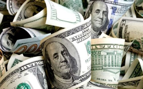 Cierre del dólar: bajó el minorista y el blue