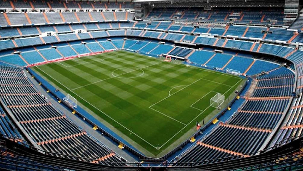 Real Madrid y Barcelona tentados con cifra millonaria para renombrar sus estadios