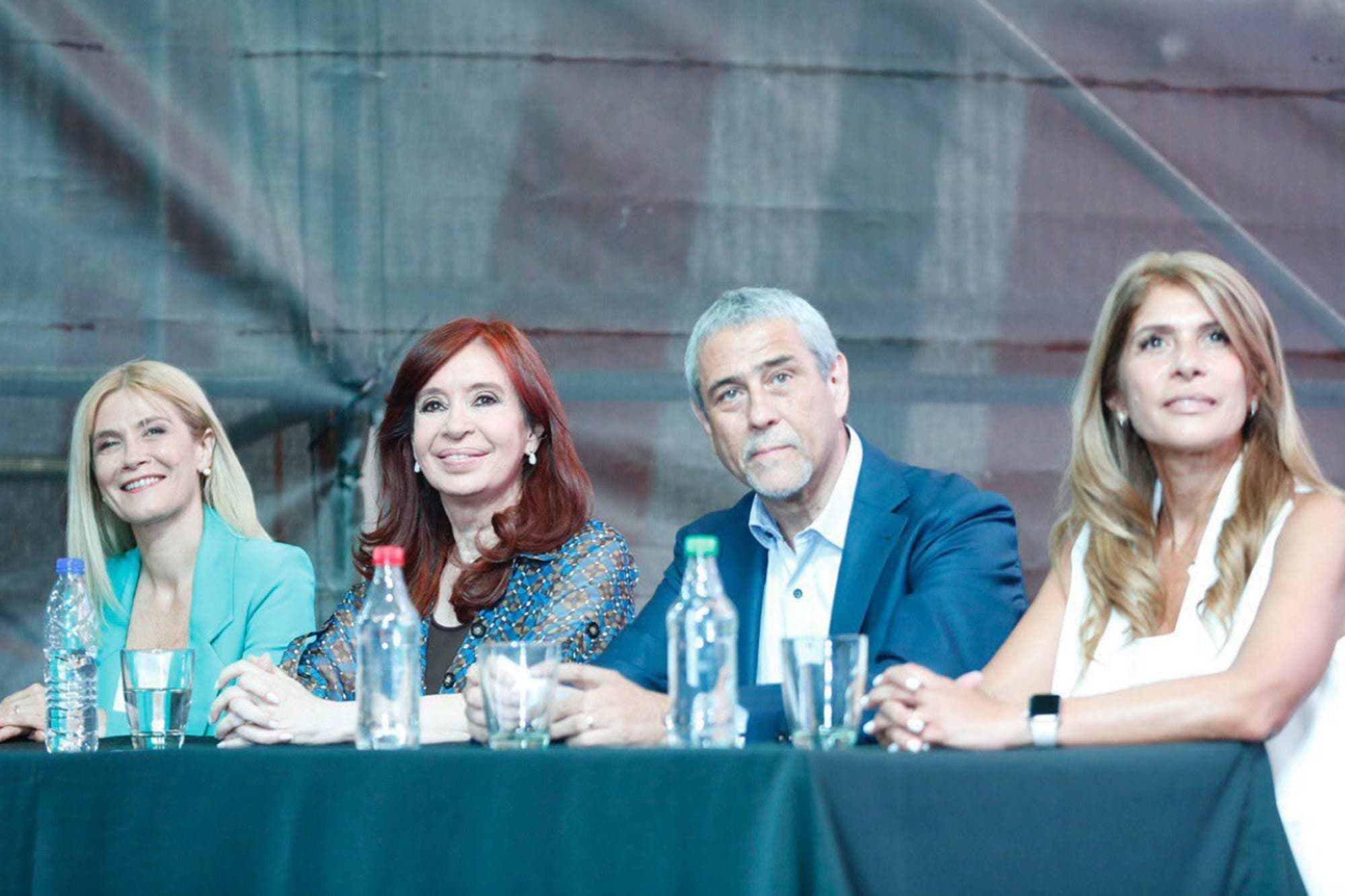 """Cristina Kirchner, a Florencia: """"¿Te imaginás qué hubiera pasado con un hijo de Perón y Evita?"""""""