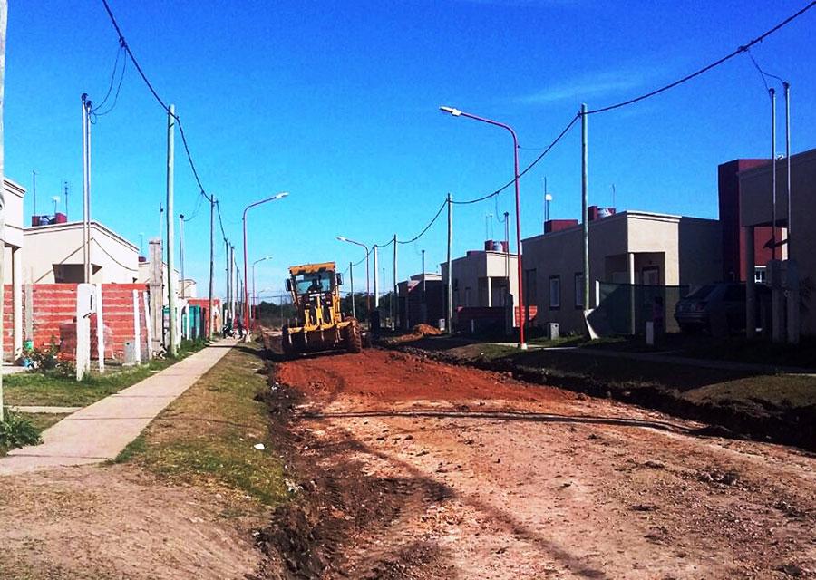 C. del Uruguay: Sumarán máquinas viales y se arreglarán las calles del barrio 200 Viviendas