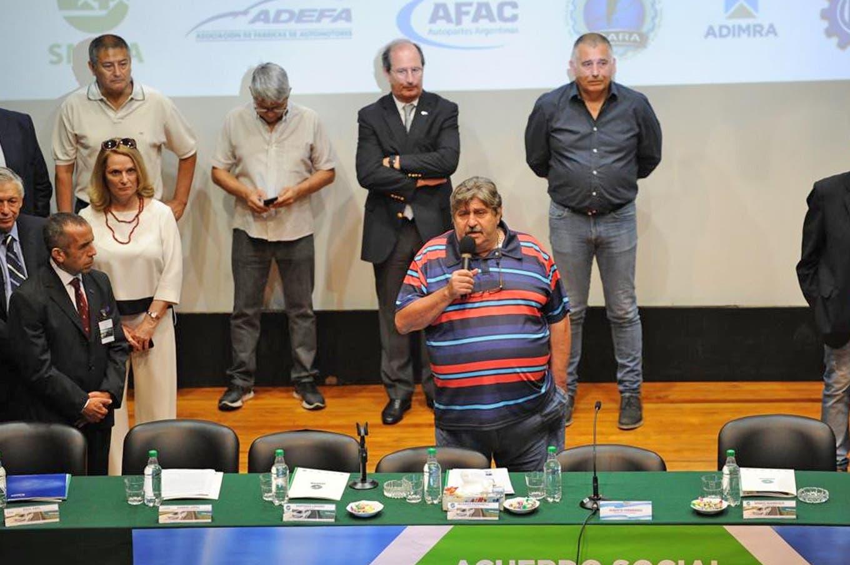 """Smata presenta el """"plan estratégico automotor"""": quiénes acompañan a Alberto Fernández y Ricardo Pignanelli"""