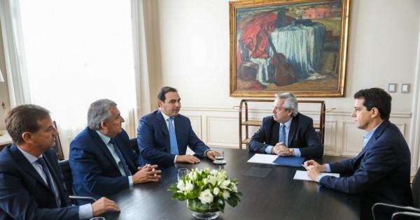 Alberto les confirmó a los gobernadores radicales que suspenderá el pacto fiscal