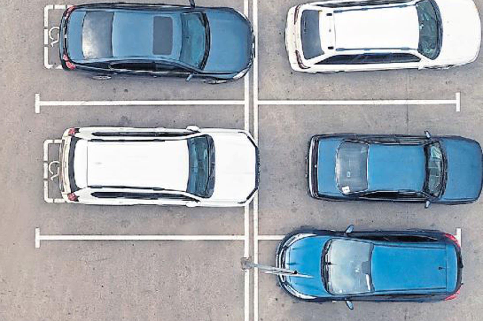 La regla del 37%: cuándo dejar de buscar estacionamiento (y otras sugerencias algorítmicas)