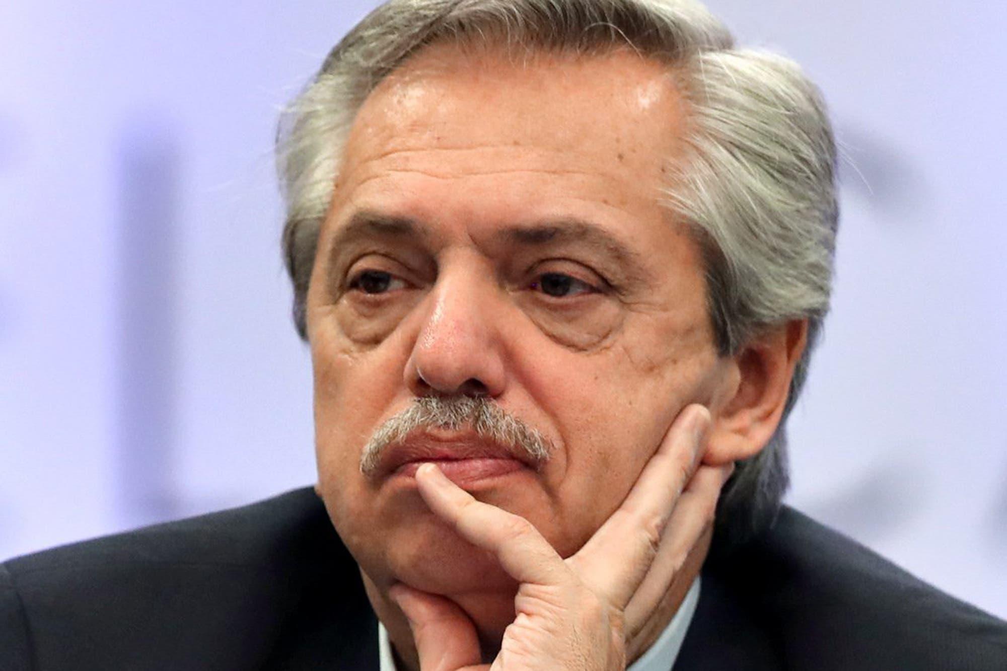 Ambición y desorden, la impronta de Alberto Fernández para ganar su primera batalla