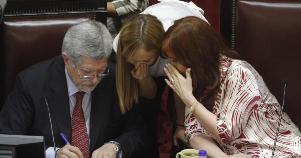 """En el Congreso hablan de un """"error no forzado"""" del oficialismo con las jubilaciones especiales"""