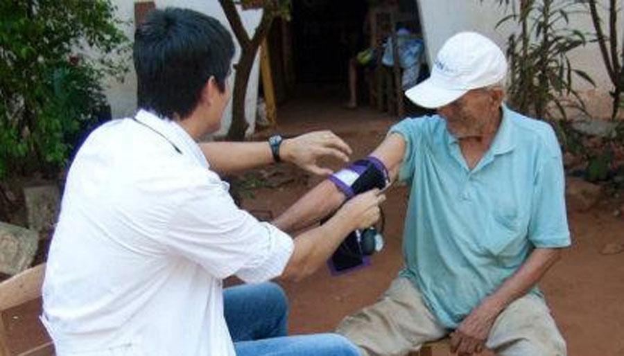Implementan en Colón un sistema de salud para la atención primaria en todos los barrios