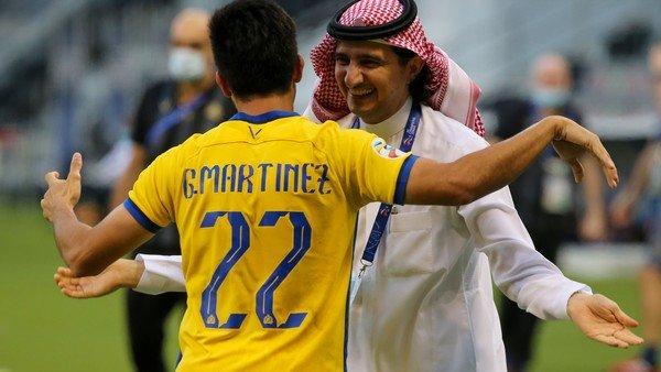 Y fue el primero: Pity Martínez tuvo su debut goleador en Arabia Saudita y su equipo avanzó a semifinales