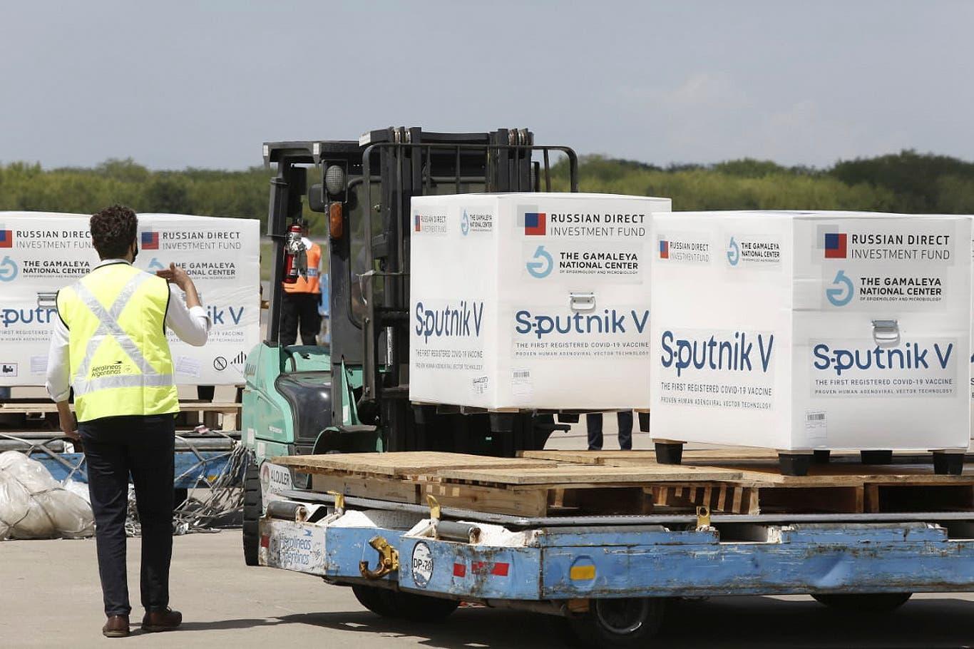 Sputnik V: Aerolíneas Argentinas todavía no confirmó la salida del próximo vuelo a Moscú