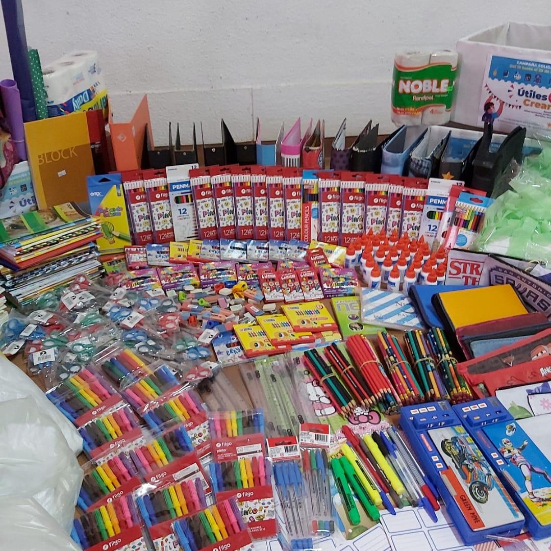 """seis-escuelas-recibieron-donaciones-de-la-campana-""""utiles-para-crear"""""""