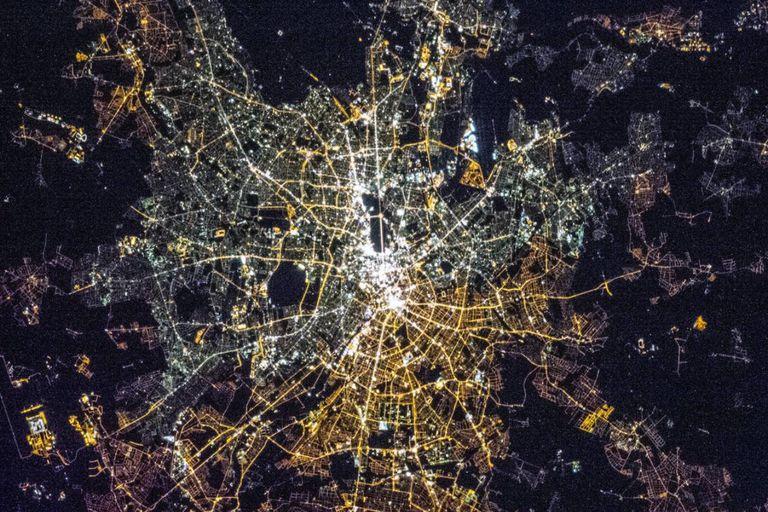 fascinante:-como-se-ven-las-principales-ciudades-del-mundo-desde-el-espacio