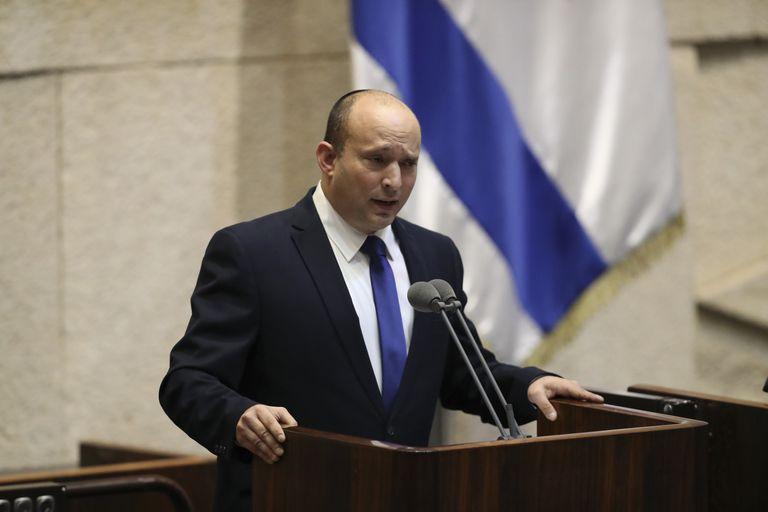 el-derechista-naftali-bennett-es-el-nuevo-premier-israeli-y-pone-fin-al-mandato-de-netanyahu