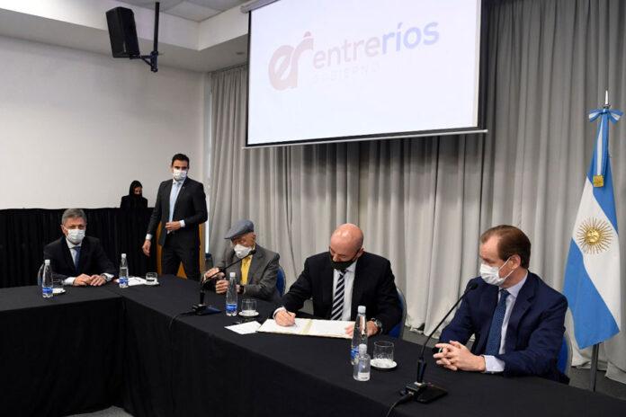 presentaron-tres-nuevas-lineas-de-financiacion-para-mipymes-entrerrianas-de-tamberos,-transporte-de-carga-y-avicolas