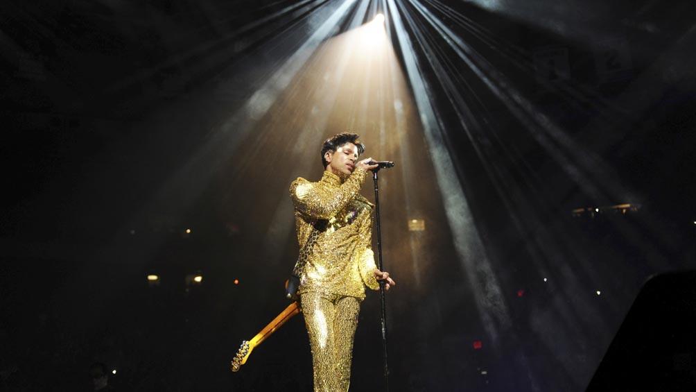 """sale-a-la-luz-""""welcome-2-america"""",-disco-postumo-de-prince-de-2010-en-el-que-visualizo-el-presente"""