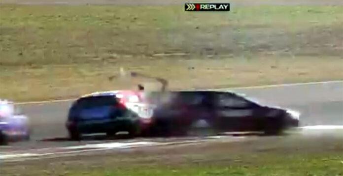 tn-en-concepcion-del-uruguay.-dos-pilotos-internados-tras-violento-accidente-en-pista