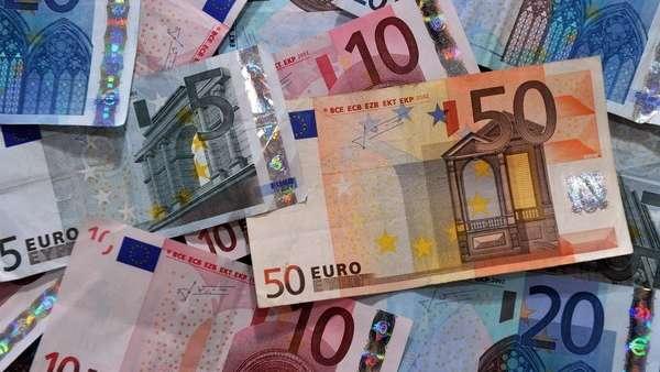 euro-hoy:-a-cuanto-cotiza-este-martes-14-de-septiembre