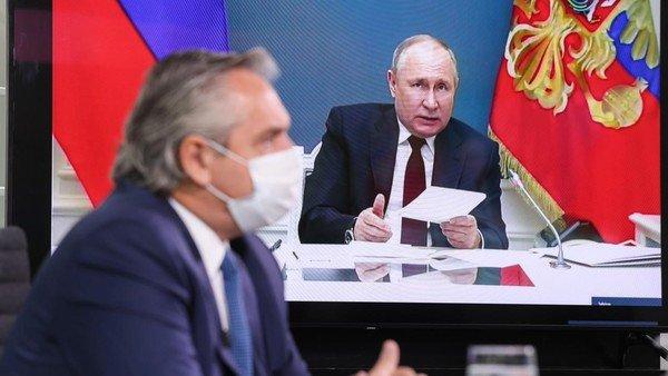 """vacunados-con-sputnik:-que-alternativa-tienen-los-argentinos-para-no-ser-""""rehenes-en-el-pais"""""""