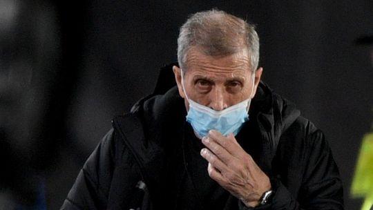 duras-criticas-al-maestro-tabarez-tras-la-derrota-de-uruguay-ante-argentina