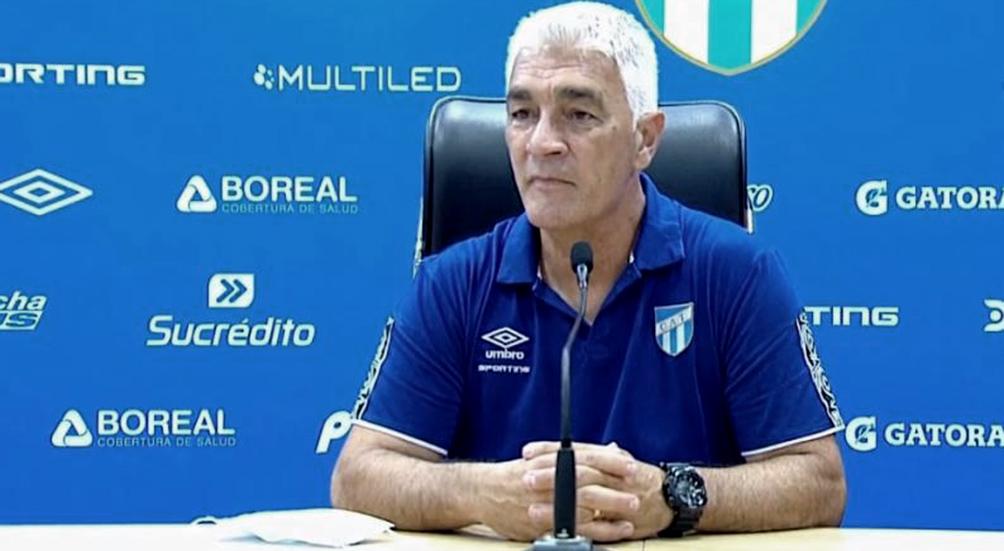 de-felippe-dejo-de-ser-el-entrenador-de-atletico-tucuman