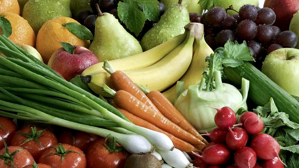 solo-6-de-cada-100-argentinos-consumen-las-cinco-porciones-diarias-de-frutas-y-verduras-necesarias