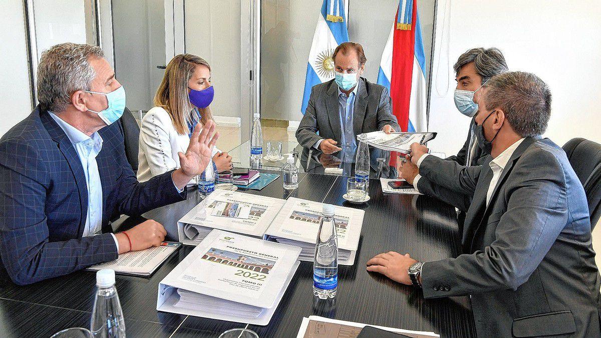 gustavo-bordet-presento-el-proyecto-de-presupuesto-2022