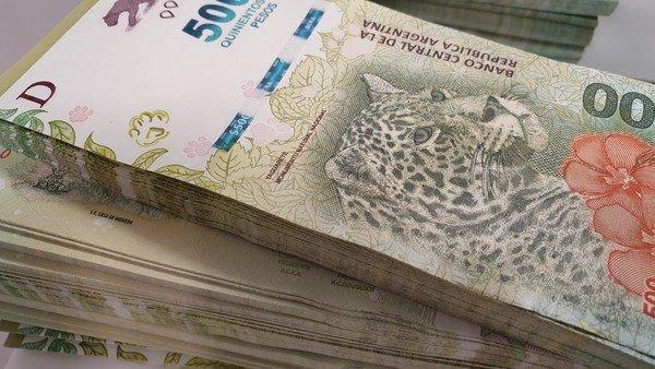 por-el-ruido-cambiario,-los-ahorristas-se-vuelcan-a-bonos-y-fondos-ajustados-por-inflacion-y-dolar